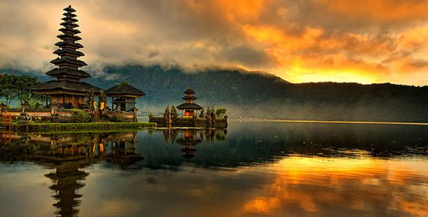 https://www.lombokfastboats.com/wp-content/uploads/2014/10/Bali_LombokFastBoats.jpg